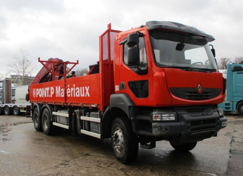 Camion Renault Kerax 430.26 Plateau