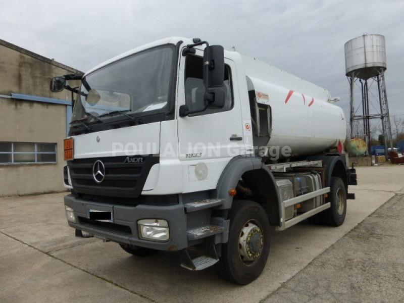 Camion Mercedes Axor 1833 A 4x4 Citerne Hydrocarbures