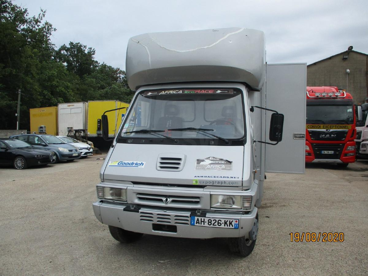 Camion Renault Gamme B 110 Fourgon