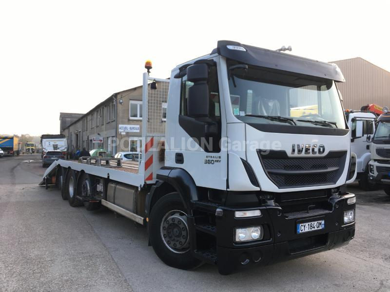 Camion Iveco Stralis AD 320 S 36 X/PS Porte engins