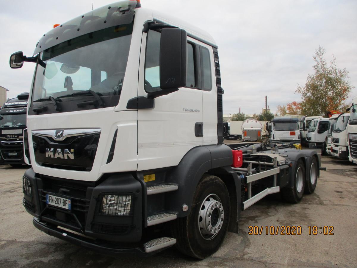 Camion MAN TGS 26.420 Polybenne