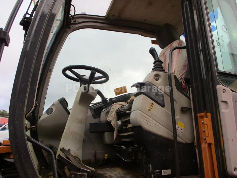 Pelle Case WX125 Pelle sur pneus