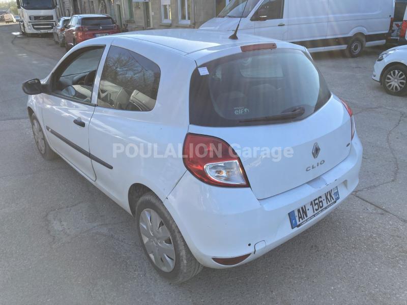 Voiture Renault Clio III Berline