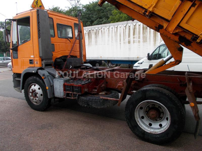 Camion Iveco Eurocargo 120E15 Benne Benne arrière