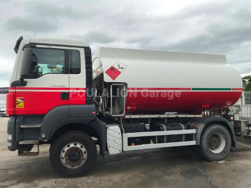 Camion MAN TGS 18.360 Citerne Hydrocarbures