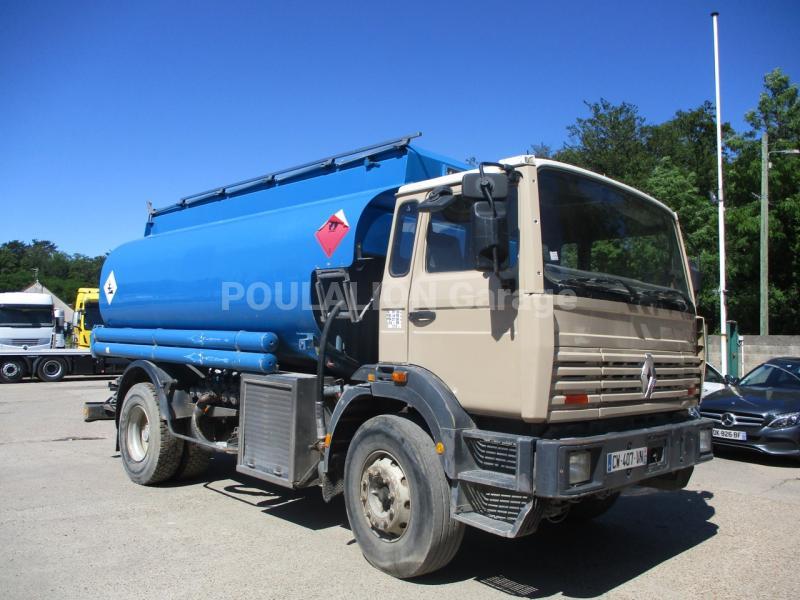 Camion Renault Gamme G 300 Citerne Hydrocarbures