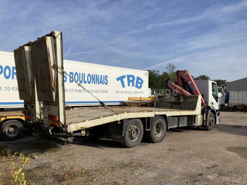 Camion Iveco Stralis AD 260 S 31 Porte engins