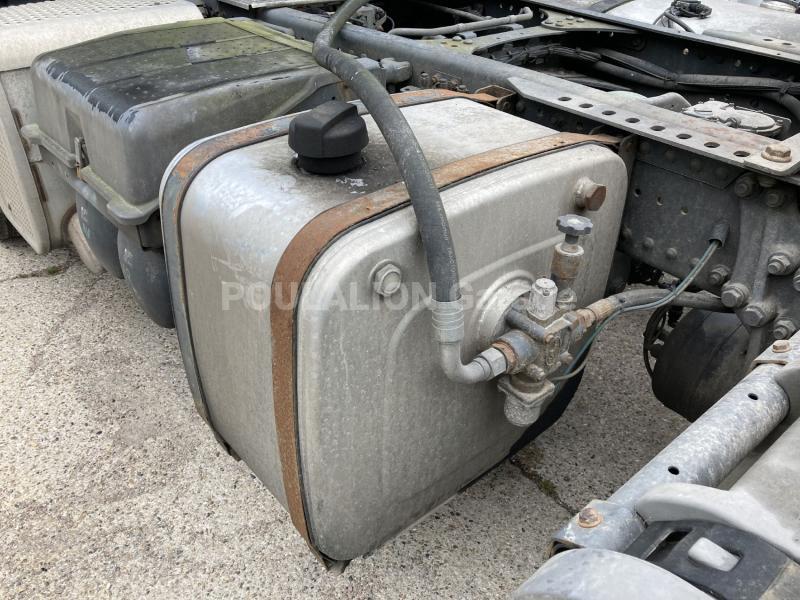 Tracteur Mercedes Actros 1843