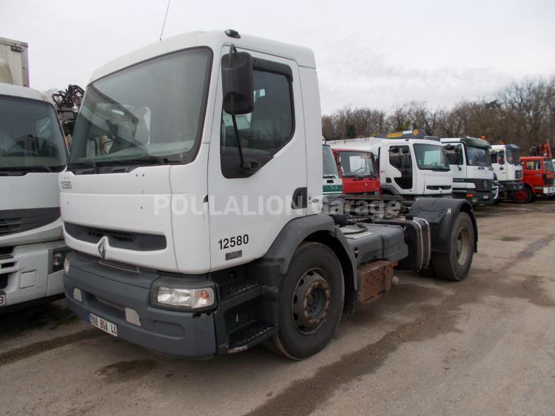 Tracteur Renault Premium 320.19