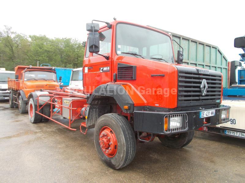 Camion Renault Gamme C 300 Polybenne