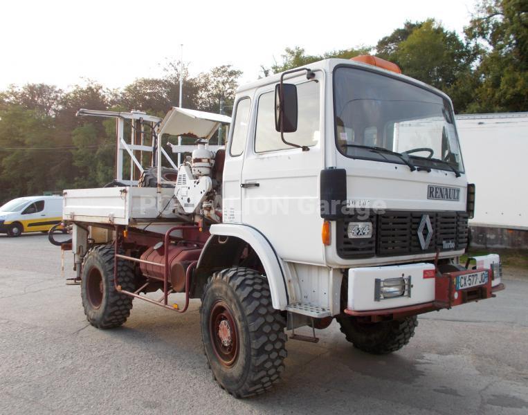 Camion Renault Gamme S 150 Véhicules spéciaux Foreuse