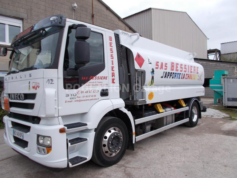 Camion Iveco Stralis AD 190 S 31 Citerne Hydrocarbures