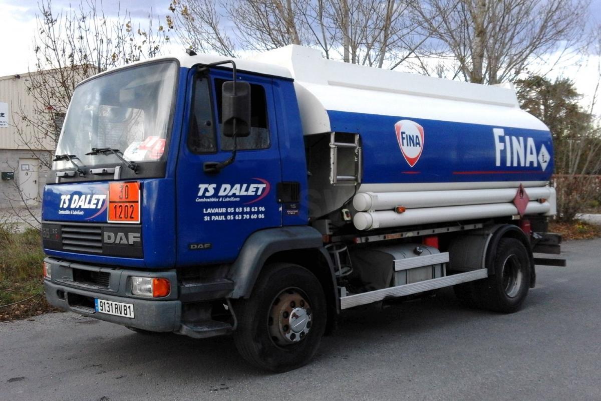 Camion DAF FA55 210 Citerne Hydrocarbures