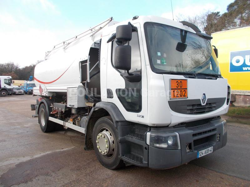 Camion Renault Premium 320.19 Citerne Hydrocarbures
