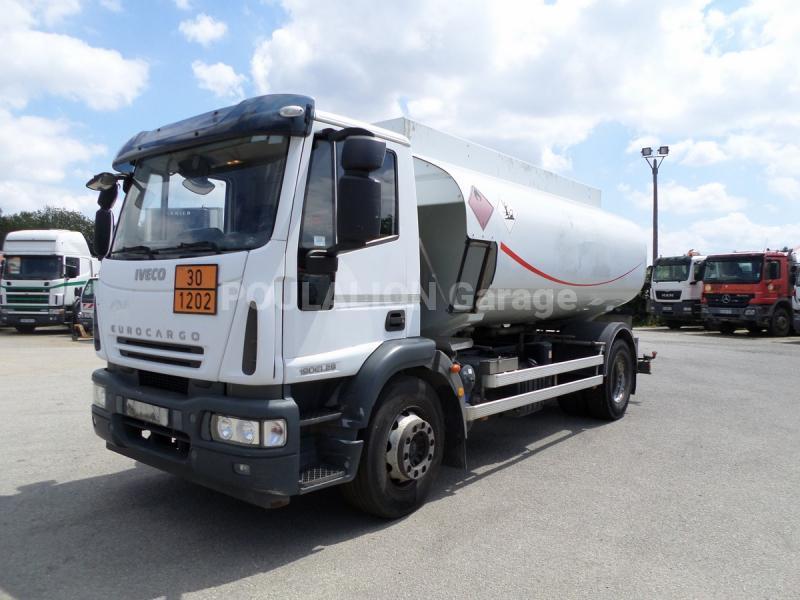 Camion Iveco Eurocargo ML 190 EL 28 P Citerne Hydrocarbures