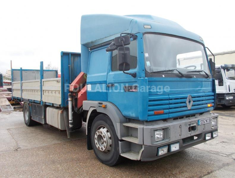 Camion Renault Gamme G 300 Plateau