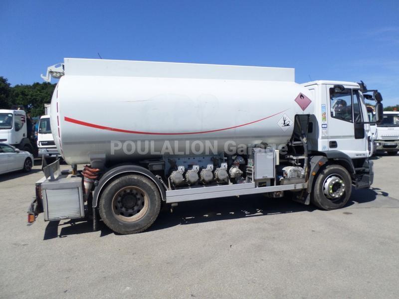 Camion Iveco Eurocargo ML 190 EL 28 Citerne Hydrocarbures