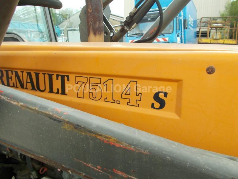Tracteur agricole Renault 751.4 S