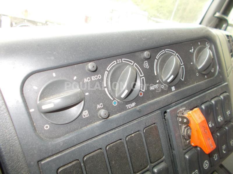 Tracteur MAN TGA 33.530