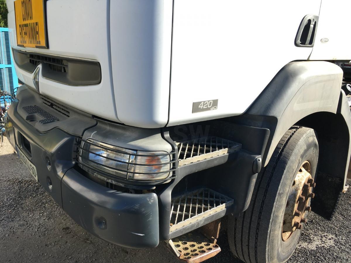 Tracteur Renault Kerax 420 DCI