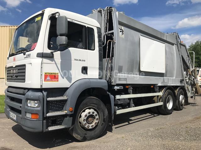 Engin de voirie MAN TGA 26.310 Camion benne à ordures ménagères