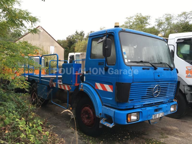 Camion Mercedes 1217 Plateau