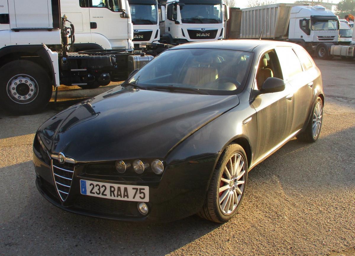 Voiture Alfa-Roméo 159 2L4 JTD 200 ch Break