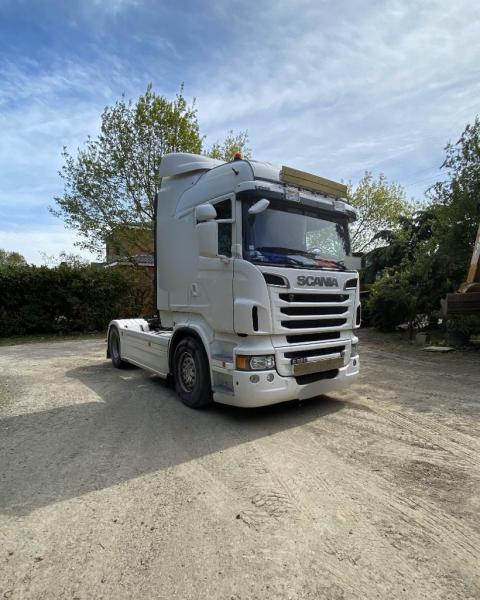 Sattelzugmaschine Scania R R 620
