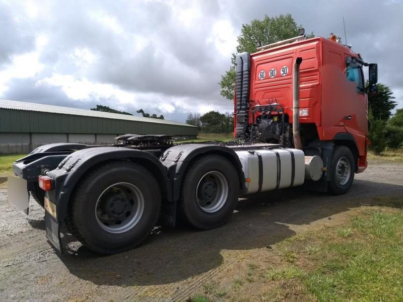 Tractor Volvo FH16 610