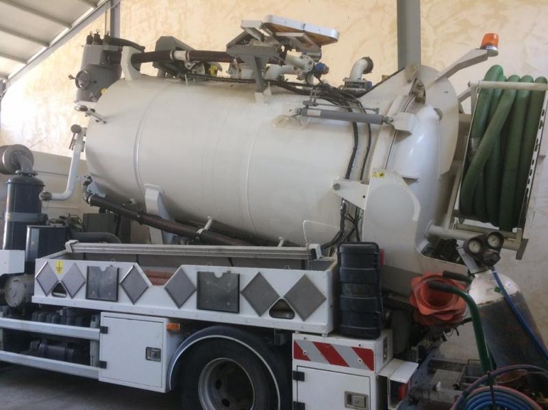 veículo de limpeza / sanitário de estrada Renault Gamme M 270