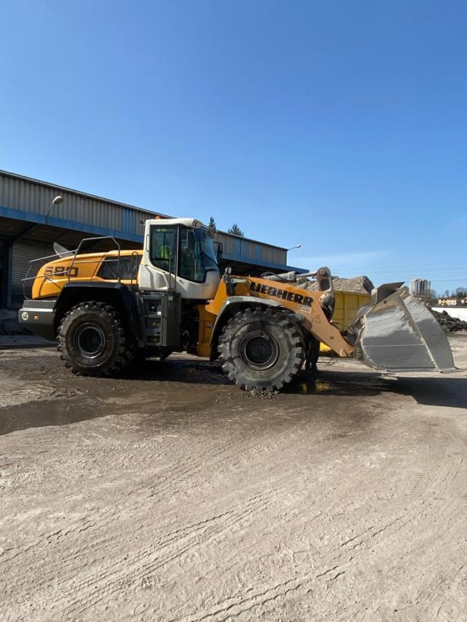 Chargeuse Liebherr L580
