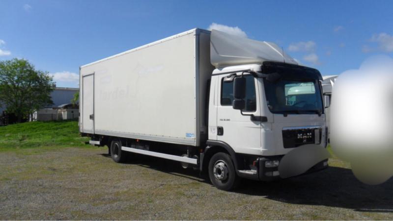 Camion MAN TGL 12.180 BL