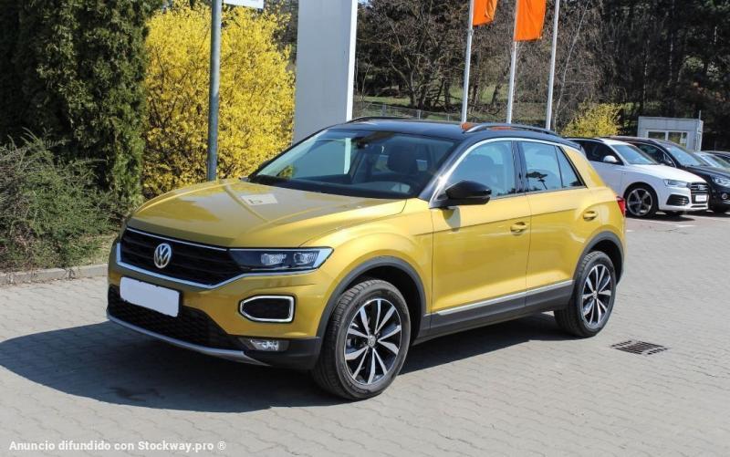 Photo Volkswagen T-Roc Design 1.6 TDI  image 1/5
