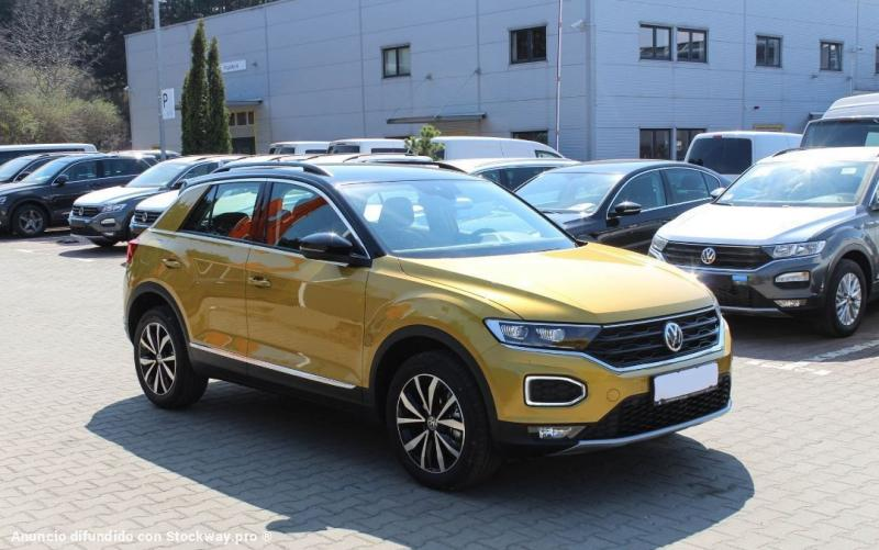 Photo Volkswagen T-Roc Design 1.6 TDI  image 2/5