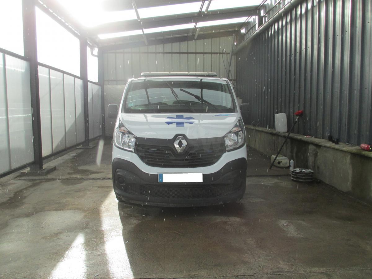 Véhicules spéciaux Renault Trafic Ambulance occasion