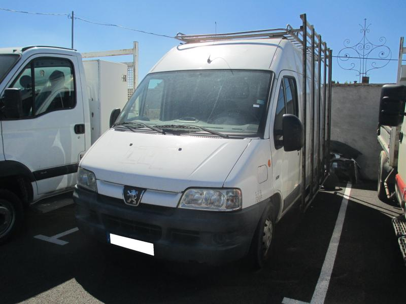 Fourgon Peugeot Boxer 2,0L HDI Fourgon tôlé occasion
