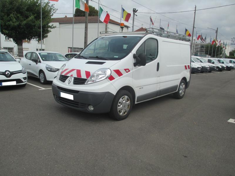 Utilitaire Renault Trafic DCI 115 CV Fourgon Fourgon tôlé