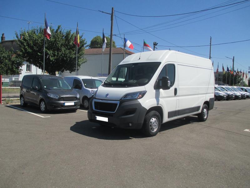 Utilitaire Peugeot Boxer Fourgon Fourgon tôlé