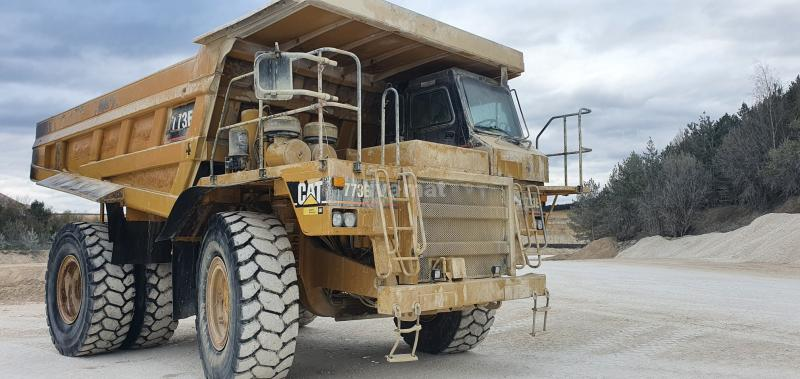 Dumper Caterpillar 773E