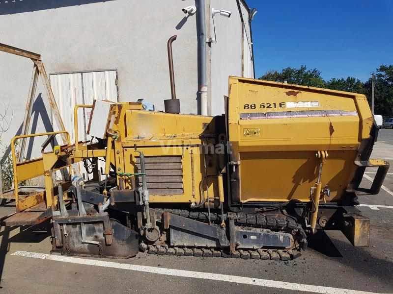 Travaux routiers Bitelli BB621e