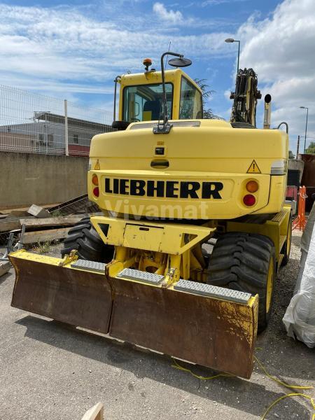 Liebherr A309