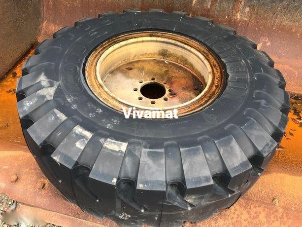 Pièces détachées Michelin 17,5 r 25 Xmine D2