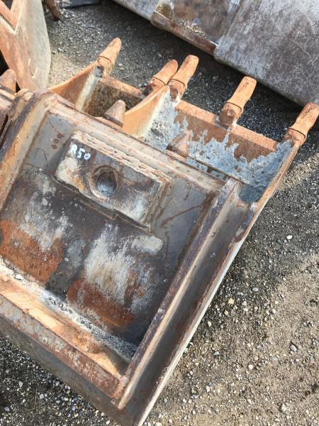 Godet Mecalac 12mtx 2011 50cm Godet Mecalac 12mtx 2011 50cm
