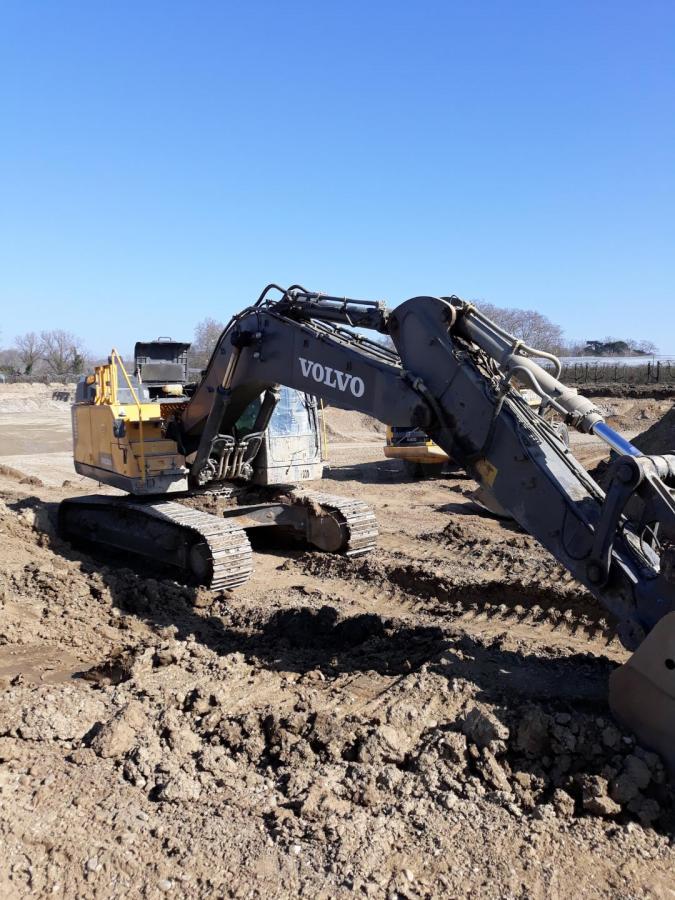 Excavadora Volvo EC380ENL