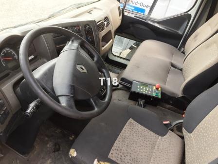 Engin de voirie Renault Midlum 240 DXI