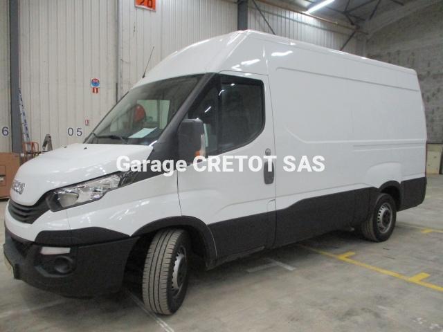 Utilitaire Iveco Daily 35S14V12 Fourgon Fourgon tôlé