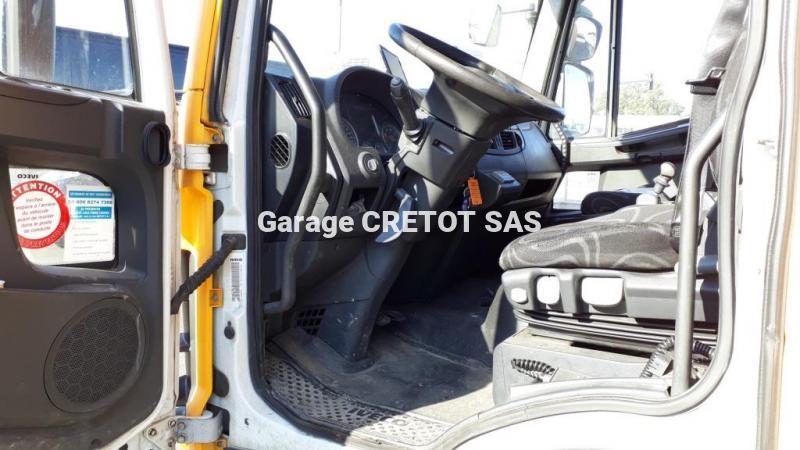 Fourgon Iveco Eurocargo ML 120 E 22 P