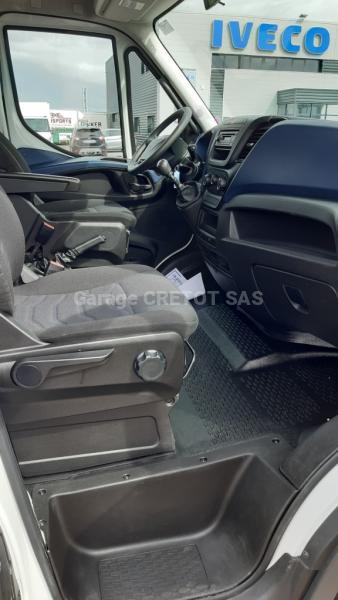 Benne Iveco Daily 35C15D Benne arrière