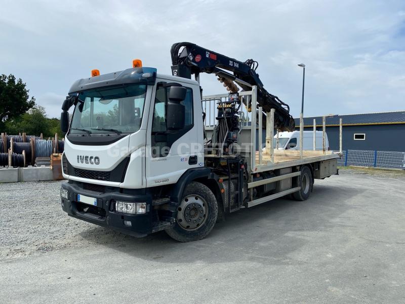 Camion Iveco Eurocargo 140E25 Plateau