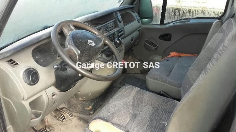 Fourgon Nissan Interstar L2H2 2.5 DCI 120 Fourgon tôlé